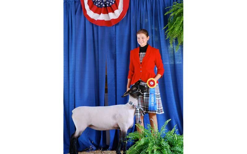 2008-Elsa-Friis-Grand-Champ-Shepherd's-Lead-with-her-0814-Ewe—-Lady